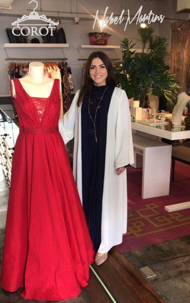 2ea686eef Nabel Martins es una diseñadora de ropa exclusiva